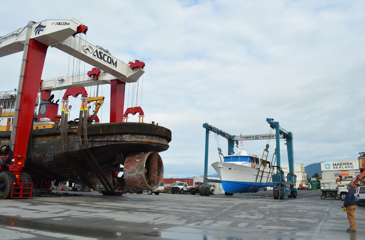 Port Commission renews boat yard leases, debates rate changes