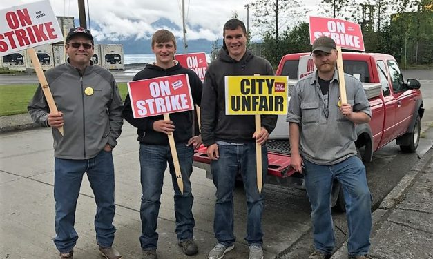 Update: Contract talks resume, strikers return to work